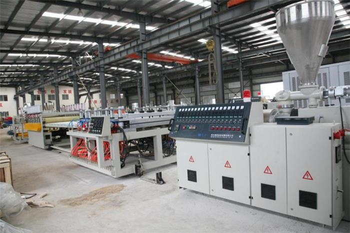 7 WPC(PVC+wood) Building Template Extrusion Line_副本.jpg
