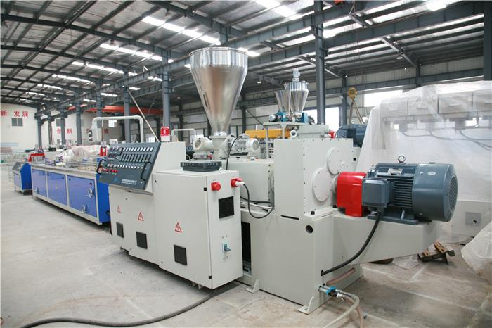 2 WPC(PVC+wood) Foam profile Extrusion Line_副本.jpg
