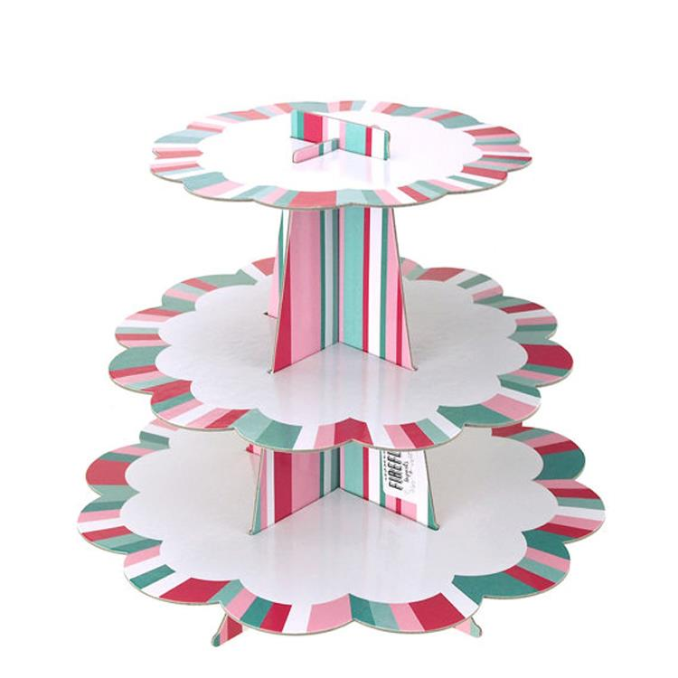 Cardboard Cake Stand With Scalloped Edges.jpg